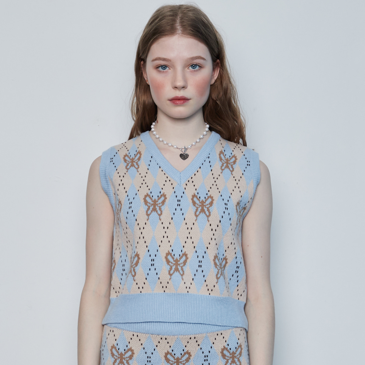 (3월2일 예약배송) IN BUTTERFLY KNIT VEST(BLUE)