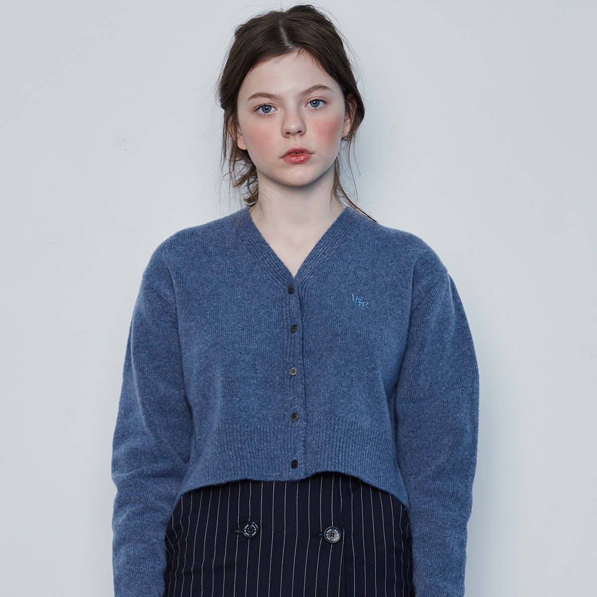 IN CROP KNIT CARDIGAN(BLUE)